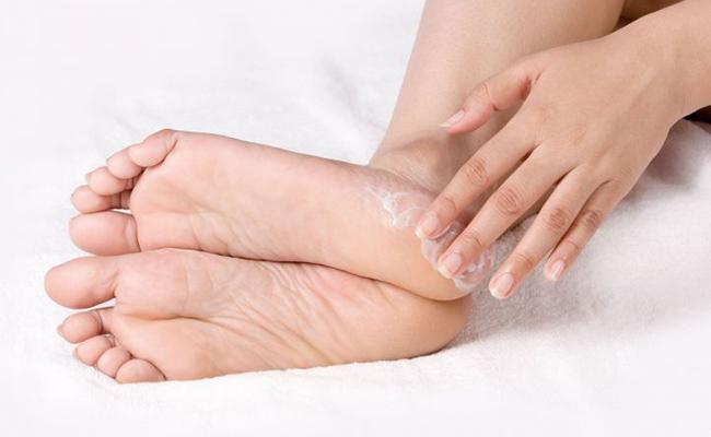 hidratar los pies